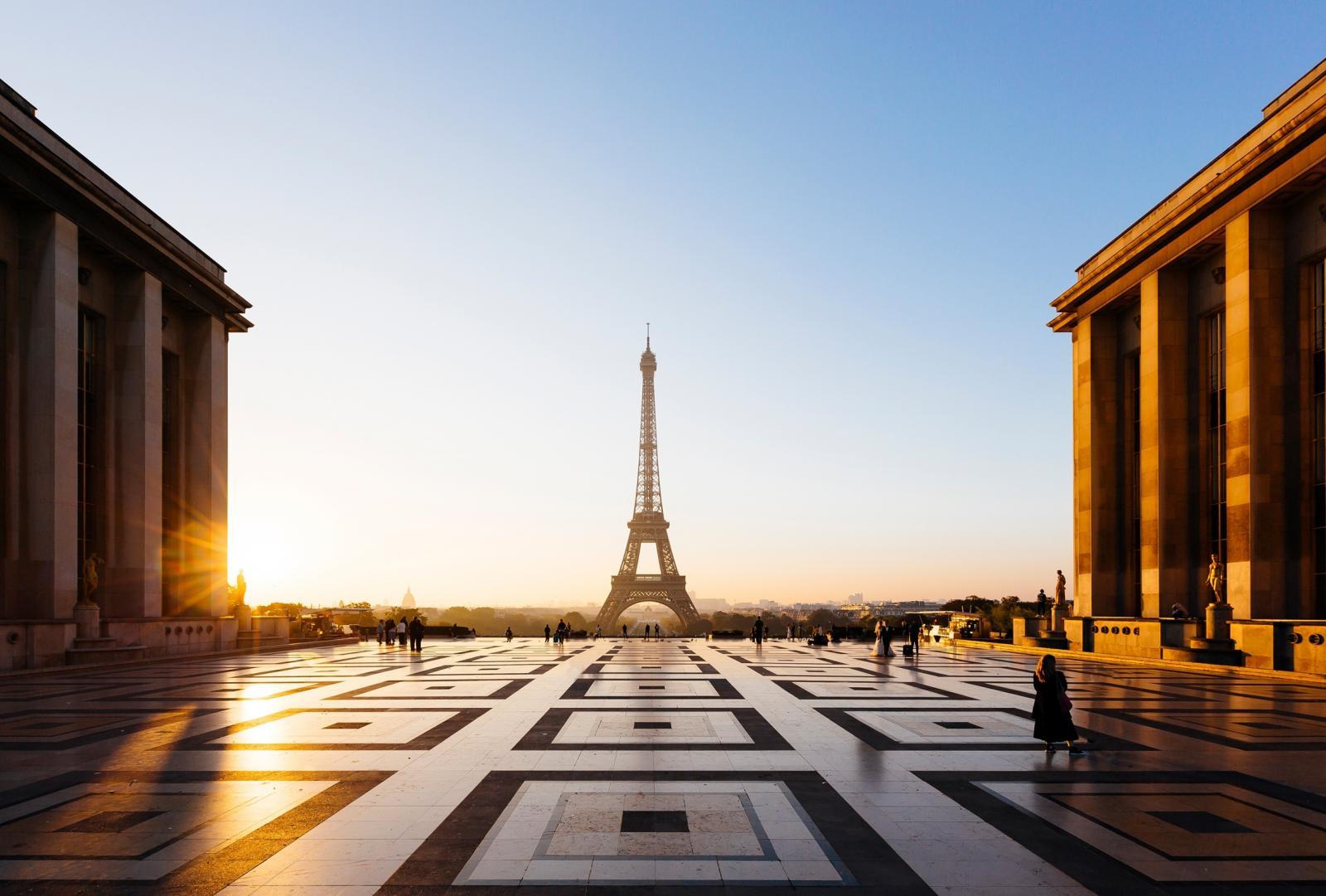 Eiffel tower in afternoon european residency